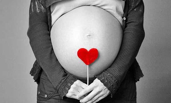 Seguir la evolución del feto con ecografías
