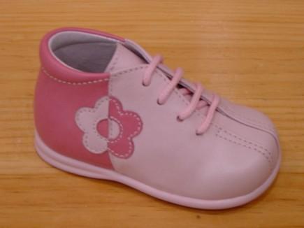 Moda: elegir los primeros zapatos del bebé