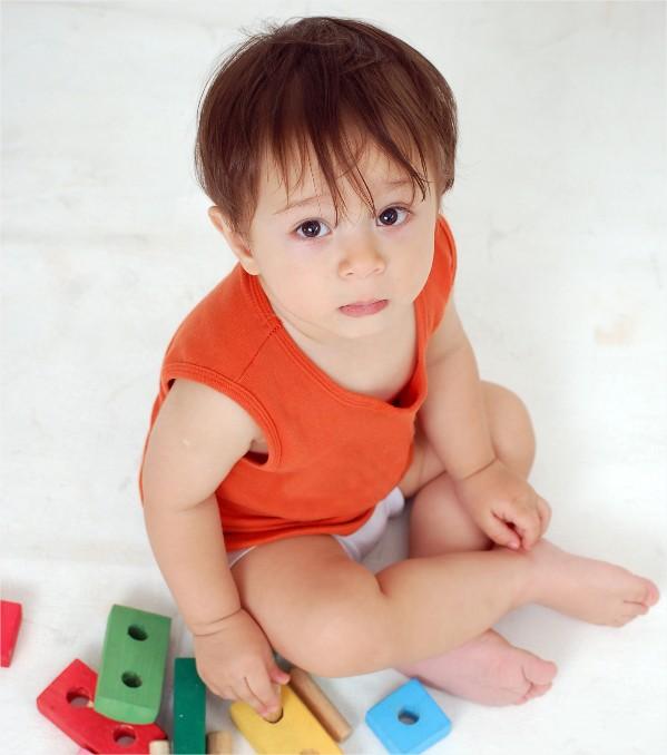 caa586081bcac El desarrollo del bebé  24 meses - Bebé feliz