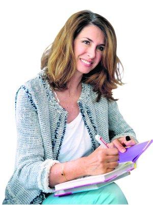 """Ana García Siñeriz publica el libro: """"Nueve meses y un día"""""""