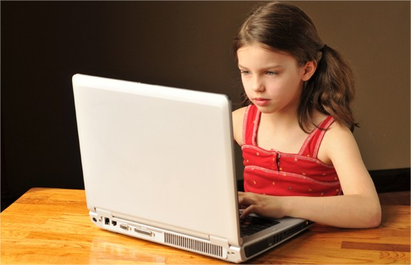 Enseñar los niños a investigar en la red