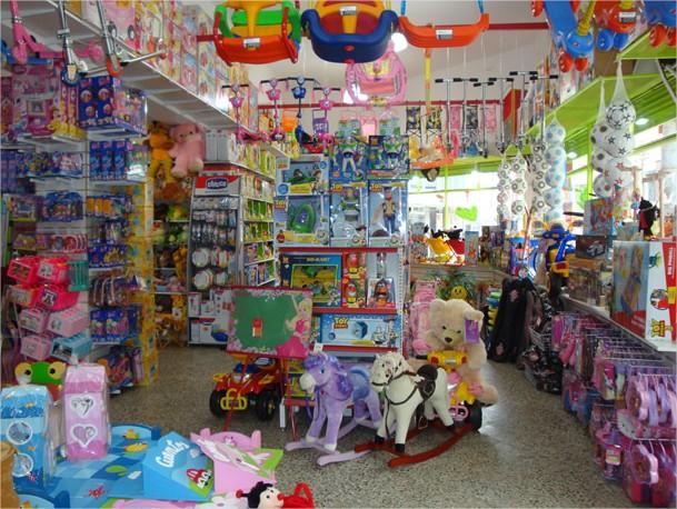 http://bebefeliz.com/files/2012/11/juguetes.jpg
