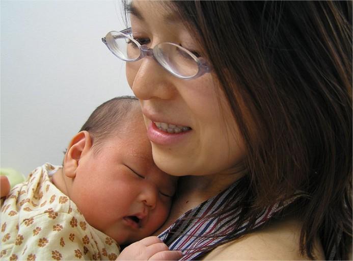 El sueño de la madre tras el parto