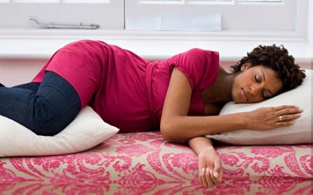 Siete consejos para dormir mejor en el embarazo