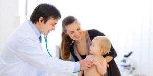Cómo elegir un buen pediatra para el bebé