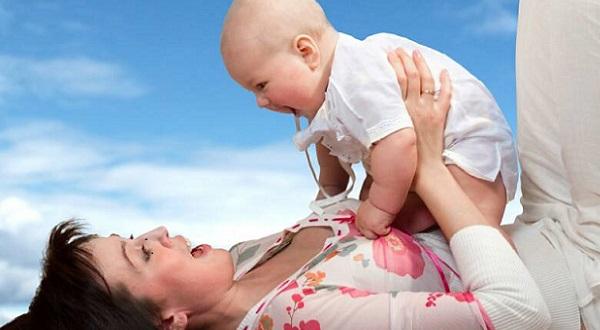 Cinco necesidades emocionales de toda madre