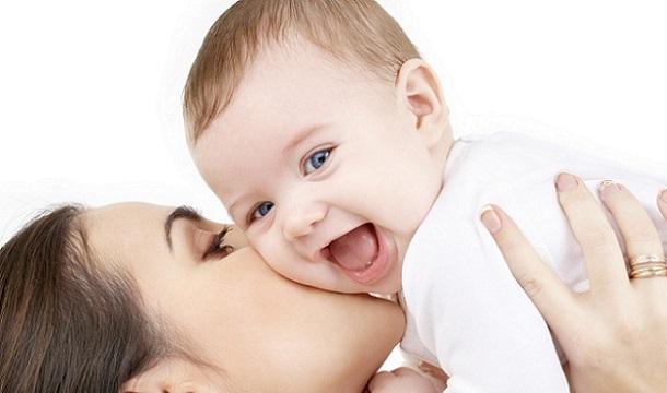 Beneficios de alimentar con leche materna a los bebés prematuros
