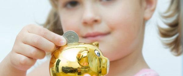 Cómo ahorrar dinero en comprar juguetes para niños