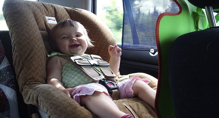 Niños a bordo: tipos de Sistema de Retención Infantil