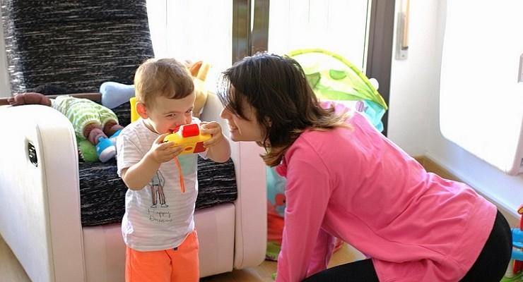 El reparto de las tareas domésticas influye en el futuro profesional de los hijos