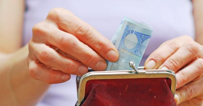 1 de cada 3 familias numerosas se endeuda para llegar a final de mes