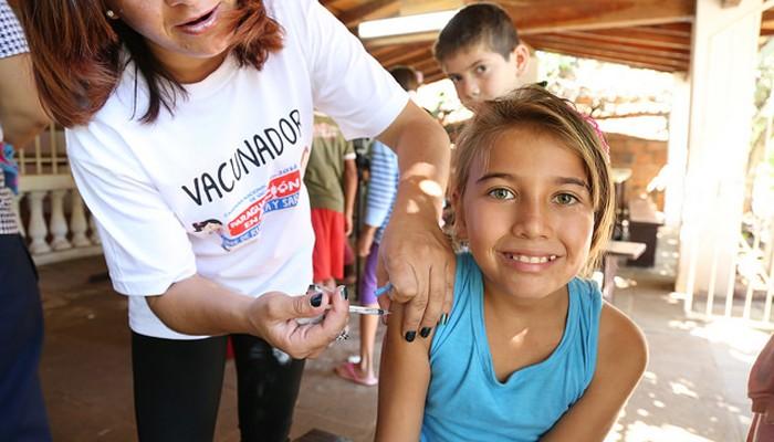 La OMS recomienda respetar el calendario de vacunaciones