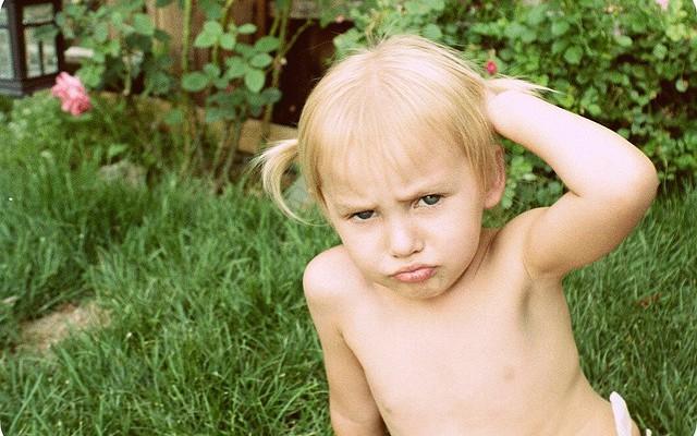 Niños agresivos: Muerde y pega a los demás